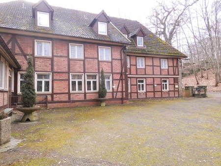 Zum Neuanfang: Gasthof und Pension auf großem Freizeitgrundstück bei Blankenburg (Harz)