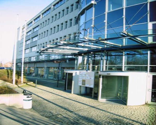 Modernes Büro in *Top* Lage mit Tiefgarage!