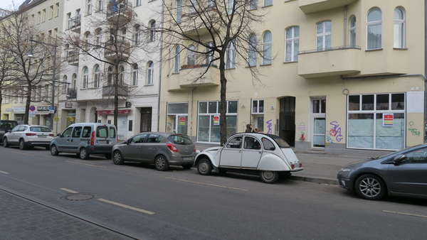 Lauflage  Schönhauser Allee - Neuausbauladen