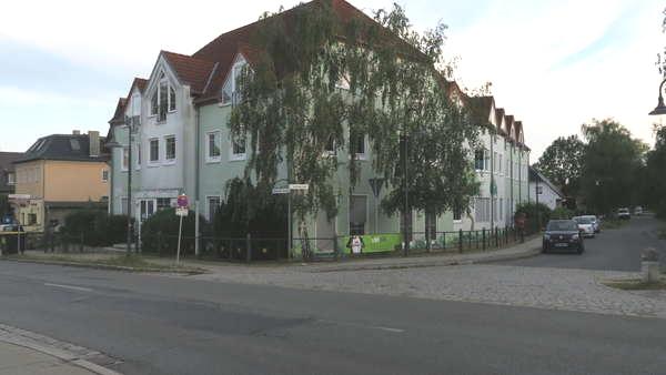 Kleines  Geschäftshaus  nördlich von Berlin