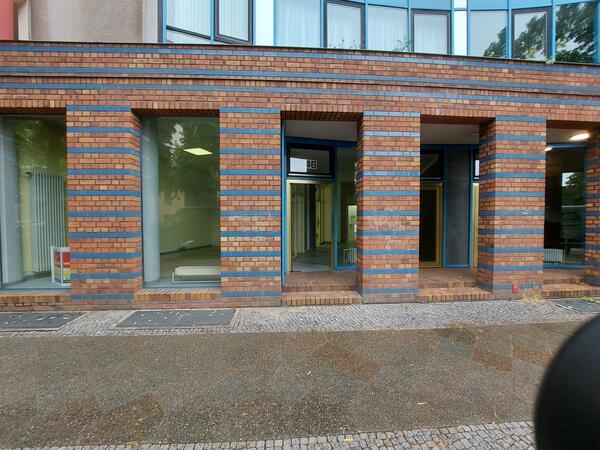 Westbest: Ordentliches Ladenbüro   in Kreuzberg