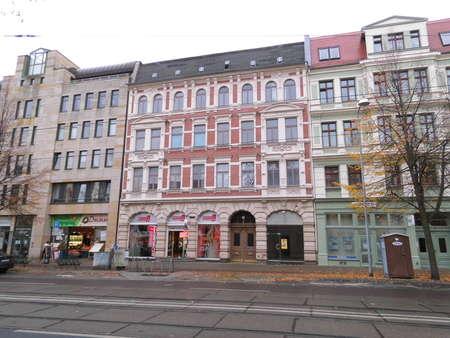 Renoviert! ruhige Etagenwohnung in Magdeburgs Halberstädter Straße
