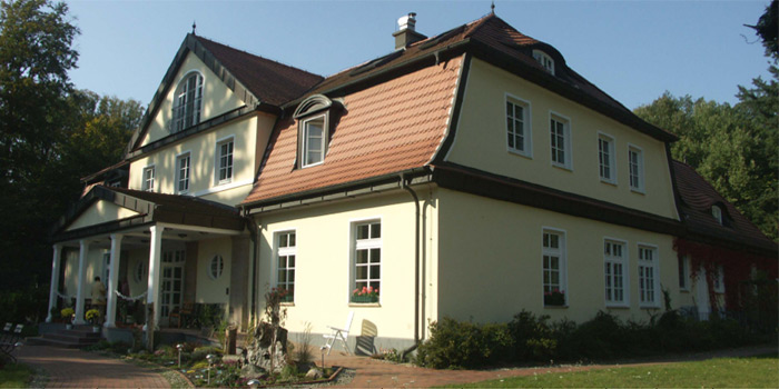 Gutshaus-Hotel auf 70000 m² Grund mit Wald u. kleinen See im Herzen der Uckermark